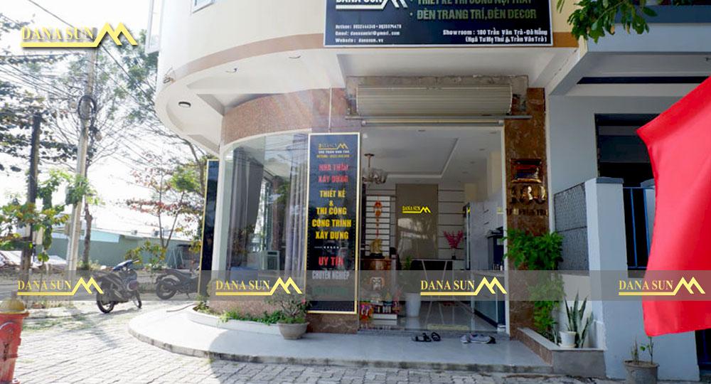 hinh-anh-thiet-ke-tai-showroom-danasun-6